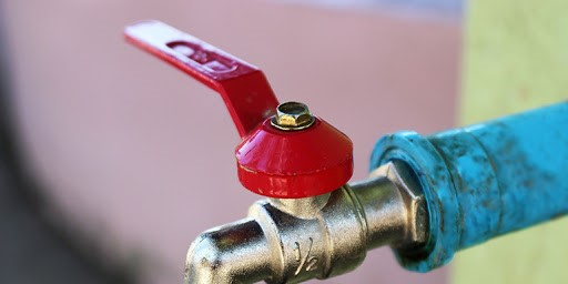 How to Turn Off your Water Supply in Four Steps